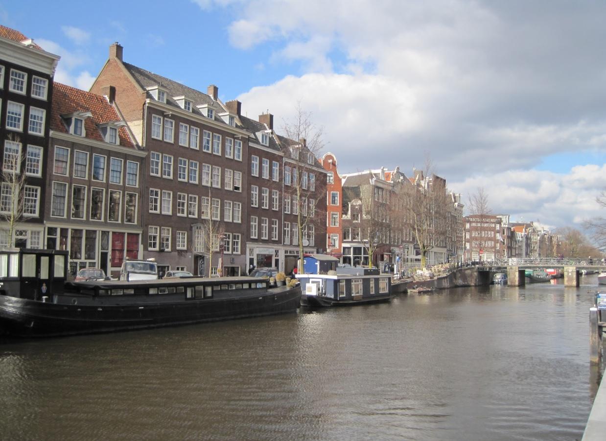 Wohnungen in der Stadt (Amsterdam) suchen